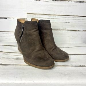 Time and Tru Gray Wedge Booties 8